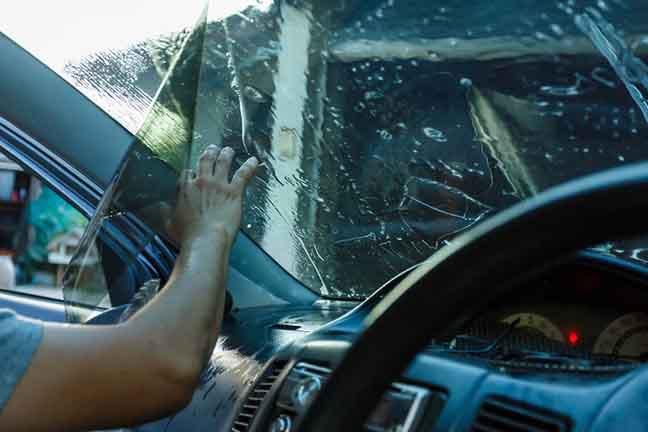 Benefits of Proper Windshield Tinting